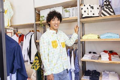 ミュージシャンの小川コータさんが来店!プライベートや仕事で愛用中