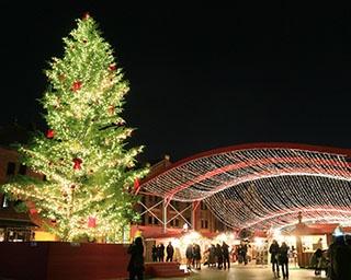 本場の雰囲気で夜景ディナーも楽しめる! 横浜赤レンガ倉庫のクリスマスマーケット