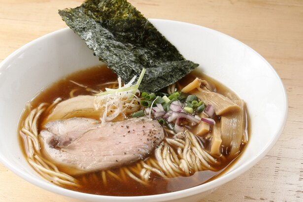 「しょうゆのラーメン」(税込 800円) / 銀界 拉麺(愛知県岡崎市)
