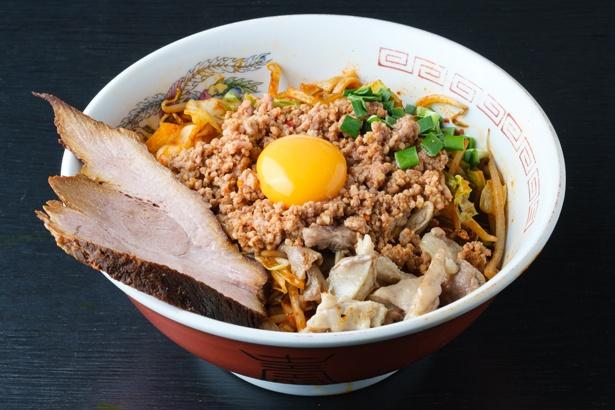 「台湾焼きラーメン」(税込 900円) / 達磨(だるま)食堂(名古屋市中川区)