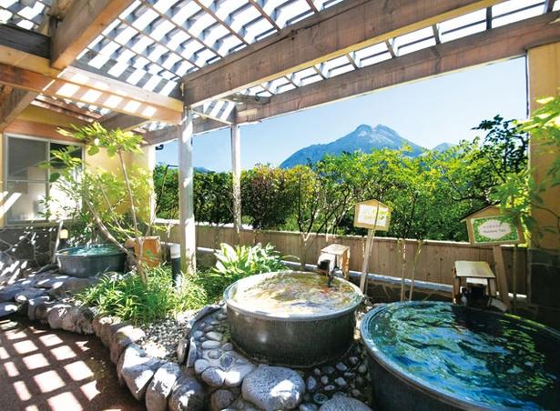ゆふいん 山水館 / 露天の陶器風呂がある「あさぎりの湯」