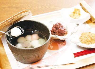 白玉っ子 / 湯上がり白玉(850円)。抹茶とのセットは、1000円