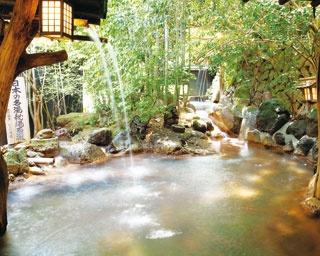 歩ける温泉街が今アツイ!熊本県・黒川温泉のおすすめスポット6選