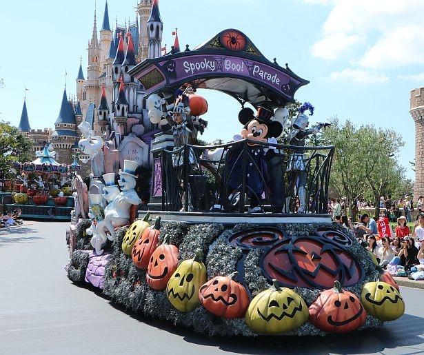 """【写真】写真で見るディズニー・ハロウィーン「スプーキー""""Boo!""""パレード」"""
