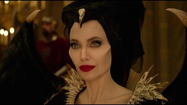 【写真】あのアンジェリーナ・ジョリーがハマり役の美しき魔女