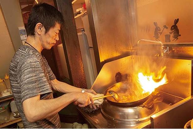 中華食堂 源 / 四川料理は、強火で炒め、辛さにコクを与える