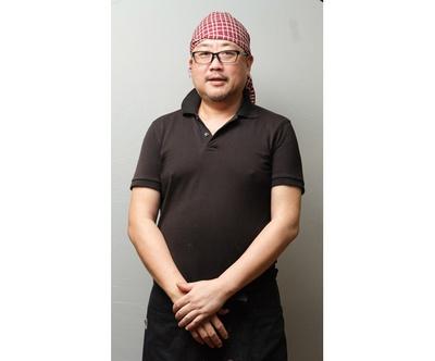 店主の日沖哲也さん / 達磨食堂
