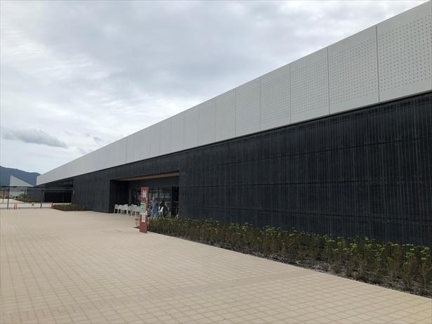 2019年9月にオープンした道の駅「高田松原」。東日本大震災津波伝承館が併設されている