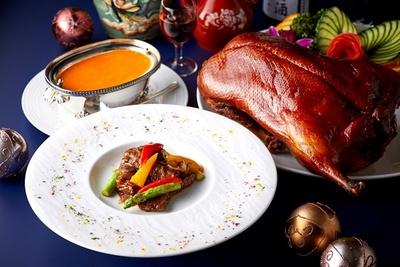 中国料理 大観苑 / クリスマスディナーは北京ダックやなどの王道メニューからクリスマス風にアレンジした一品も