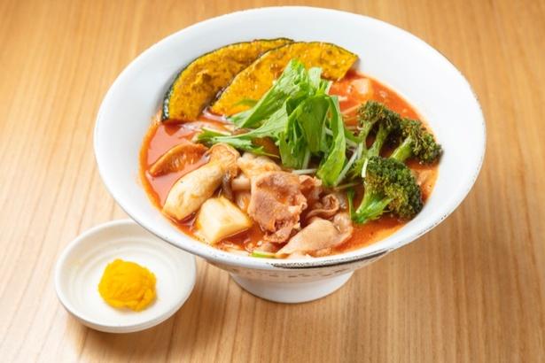 佐藤さんが監修した限定麺「トマト麺Mami(1070円)」
