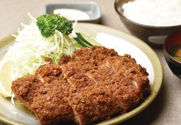 味のとんかつ 丸一 / 「上ロースかつ定食」(2100円)