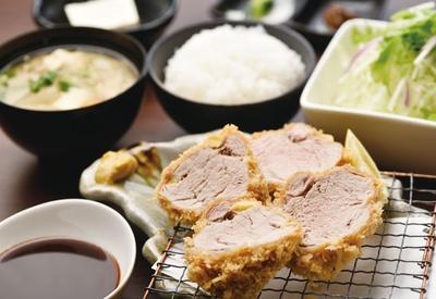 産直レストラン 黒豚の館 / 「黒豚ヒレカツ定食」(2200円)