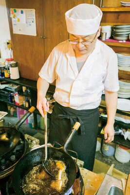 中華 如家 / 大将の孫さんは山東省のホテルで修業し、2000年に来日。山東省は海に面しているため、海鮮を使った料理も登場する