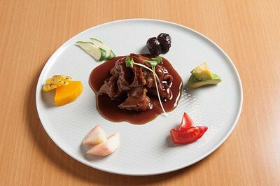 田中華麺飯店 / きなこ豚をバルサミコ酢で仕上げた御酢豚(1080円)