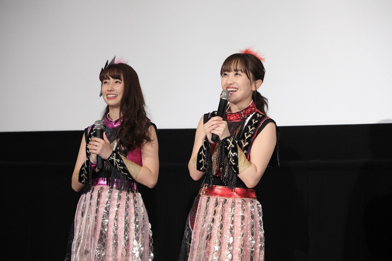 劇中、吉永&天海と「走れ!」を歌い踊ったももいろクローバーZの百田と佐々木