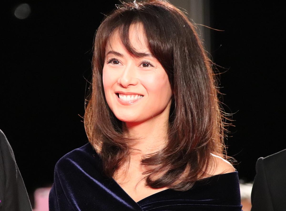 ファンを前に笑顔を見せた後藤久美子