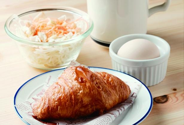 毎日焼きたてのクロワッサンが食べられる / IZUMI-CAFE