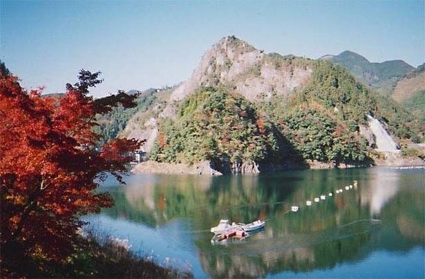 日向神峡の紅葉 / 奥八女に広がる紅葉風景