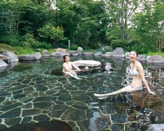 水着で巡る日本庭園の混浴スパ!大分・別府の温泉アミューズメント「杜の湯リゾート」