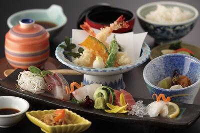 海鮮料理「えいたろう」のランチ(1800円~) / AMANE RESORT SEIKAI 潮騒の宿 晴海