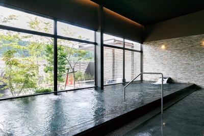 地下120mから湧き出す温泉をかけ流し / 平山温泉 旅館 善屋