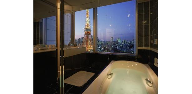 お風呂から眺める東京タワー! こんなクリスマスなら最高!?