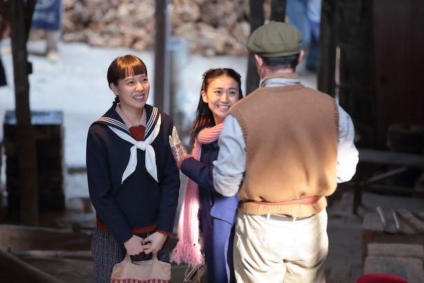 大阪編から故郷の信楽に帰郷する喜美子※写真は「スカーレット」より