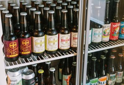 珈琲と麦酒 / クラフトビールは沖縄の浮島ブルーイングが中心
