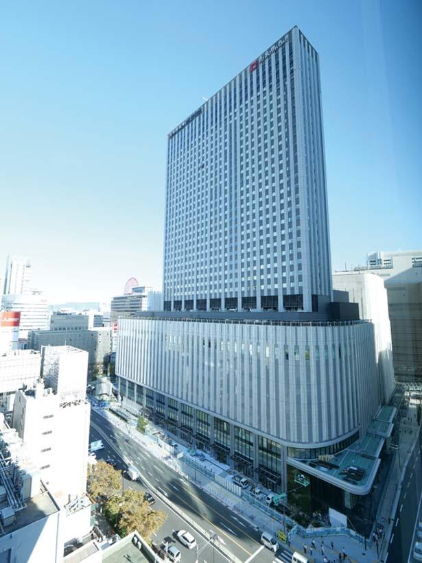 着工は2017年夏「東京オリンピックに向けて建設業者の需要が高まっているため、職人の確保が大変でした」と安藤さん/LINKS UMEDA