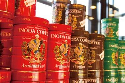 レジ横ではコーヒーなどを販売/イノダコーヒ 本店