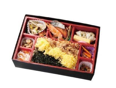 佐賀牛のしぐれ煮を入れた「鳥栖弁当」(1000円)