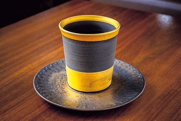 【写真を見る】穏やかな酸味とほのかな甘味の高品質な豆を厳選したこだわりのコーヒー。単品は880円/紫野和久傳 堺町店