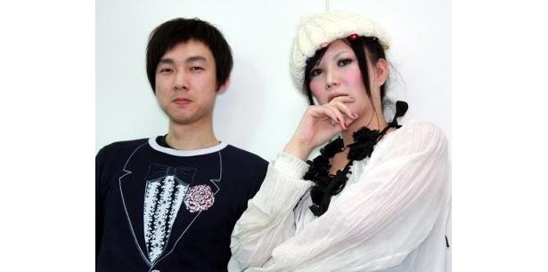 現代アーティスト、 ピュ~ぴると松永大司監督(左)
