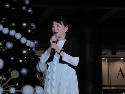 ツリーの監修とライティングショーの演出を手掛けた長谷川喜美氏