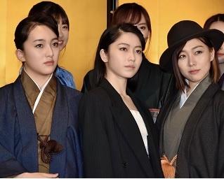 博多座11月公演『AKB48グループ特別公演』いよいよ開幕!