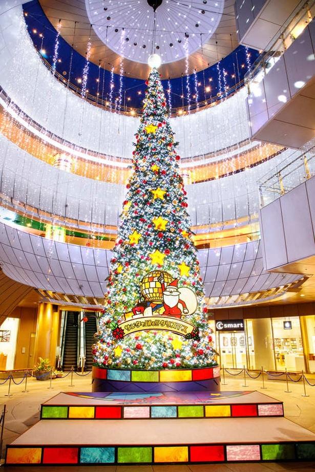 【画像を見る】サンタも踊る!?クリスマス / リバーウォーク北九州