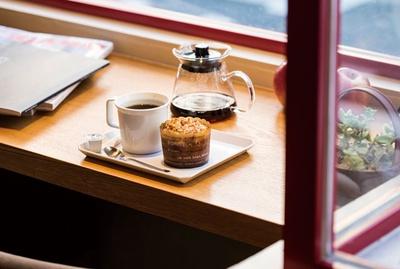 IENA COFFEE 警固店 / ドリップコーヒーはブレンドが500円(税込)、シングルオリジンは500円〜(税込)