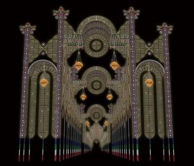 神戸ルミナリエの玄関口には、高さ約22mの巨大な「フロントーネ・スパッリエーラ」が設置される