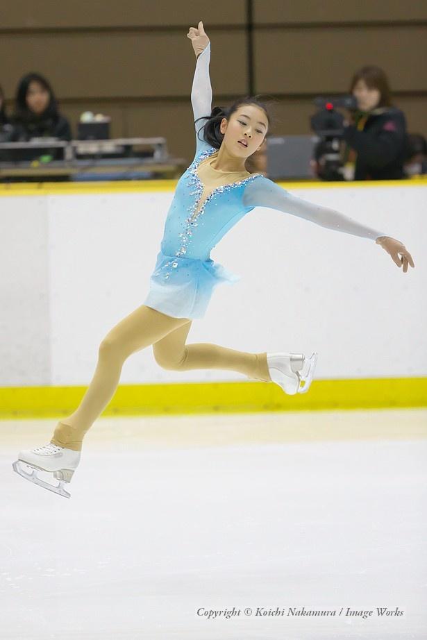 吉本玲、西日本ジュニアでのショートプログラムの演技