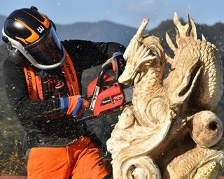 大迫力のカービングショーも!木育イベントがイオンモール和歌山で開催