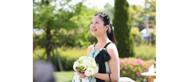 『婚前特急』のチエは、親友の結婚式に出席したことで婚活に目覚める