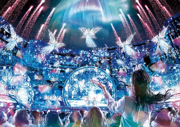クリスタルが神秘的な光を放つ「クリスタルの約束」/ユニバーサル・スタジオ・ジャパン