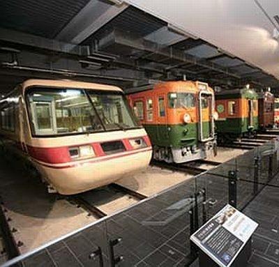 SLをはじめ、超電導リニアなど世界最高速度を記録した3車両など、計39両の列車が集結したJR東海の巨大ミュージアム「リニア・鉄道館~夢と想い出のミュージアム」がオープン!