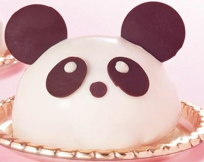 """ついに一般公開が開始された上野動物園のパンダ。まさに今""""パンダフィーバー""""に湧く上野の街には、愛嬌たっぷりのパンダスイーツが大豊作!"""