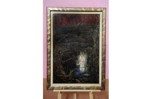 末法の世の赤く汚れた、怖しい空を塗り、燃え上るばかりの古木を描いた、石坂浩二の作品