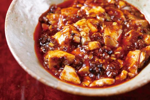 創業時から人気の名物は「四川飯店」の味を忠実に再現した麻婆豆腐。絶妙な火入れで、豆腐のみずみずしさが保たれている / 明道町中国菜 一星(名古屋市西区)