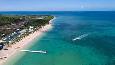 【写真】ビーチで映画を楽しむ新感覚体験!美しい砂浜に野外スクリーンを設営予定
