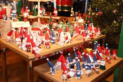 かわいらしいクリスマスグッズも豊富にそろう