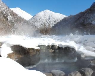 冬の絶景を温泉で!飛騨の日帰り雪見風呂3選