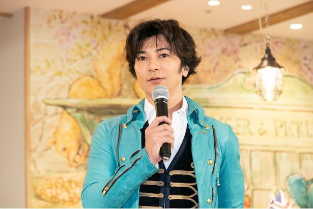 """「今日は腕立て伏せとかしなくていいんですか?」と報道陣に問いかけ笑いをとる武田。最近は""""服を脱いで""""、""""筋肉を見せて""""という要望が多いとのこと"""